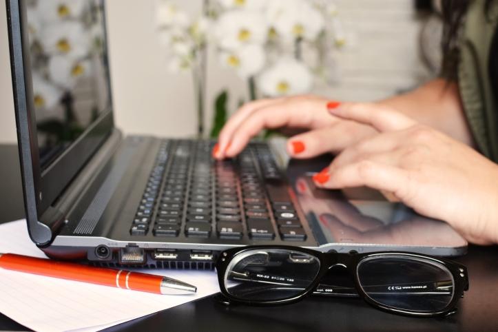 person-woman-desk-laptop